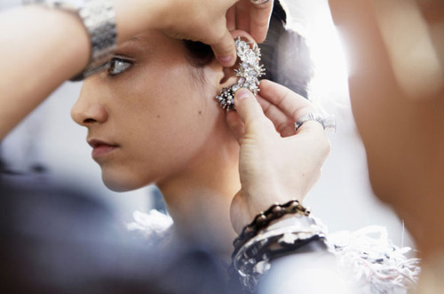 ear-cuffs-chanel