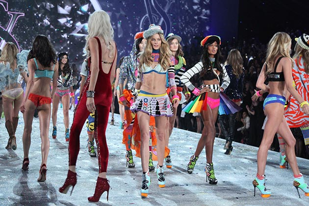 Victorias_Secret_Fashion_Show_2013_2014_finale