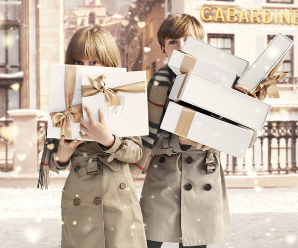 burberry-with-love-ad-campaign-for-christmas-2013-le-chodraui