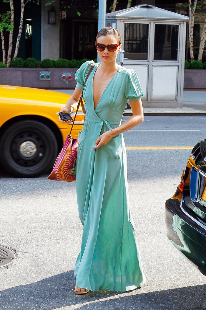 miranda-kerr-wrap-dress-dvf-le-chodraui