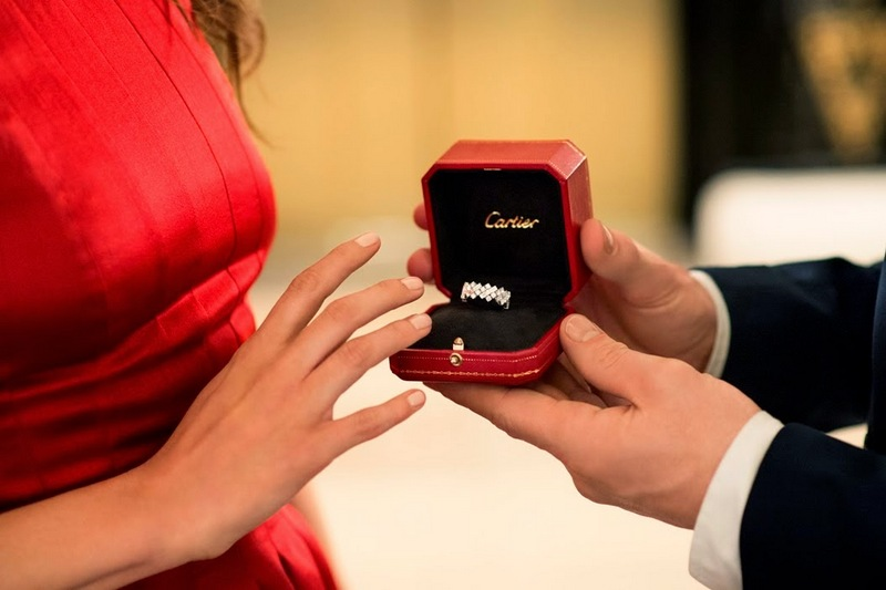 cartier-engagement-ring-box-le-chodraui-ribeirao-preto