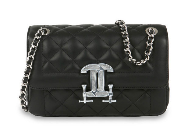 Moschino-Quilted-Shoulder-Bag-1