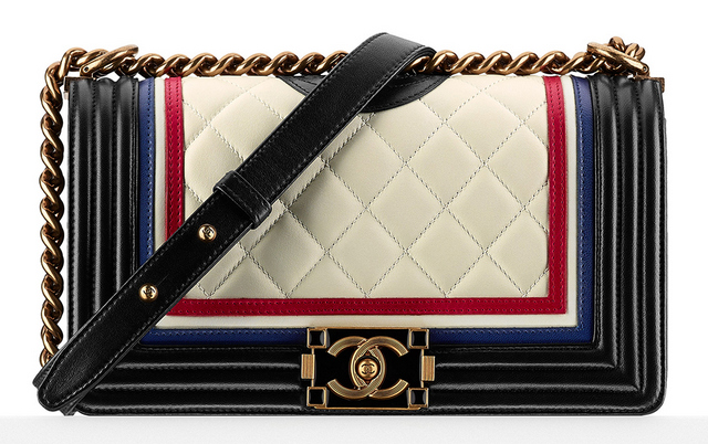 0df1530f9 Bolsa-Chanel-Crest-Embellished-Boy-Bag-4900